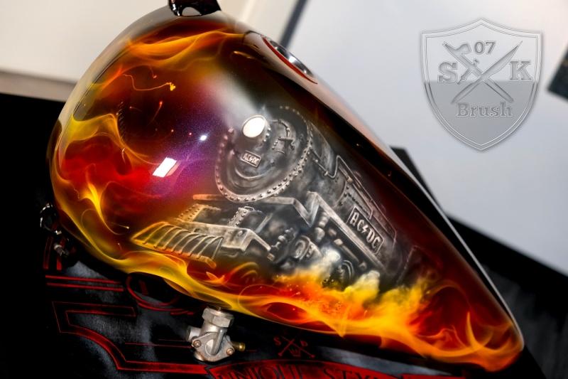 ACDC-Airbrush-Harley-Davidson-Tank
