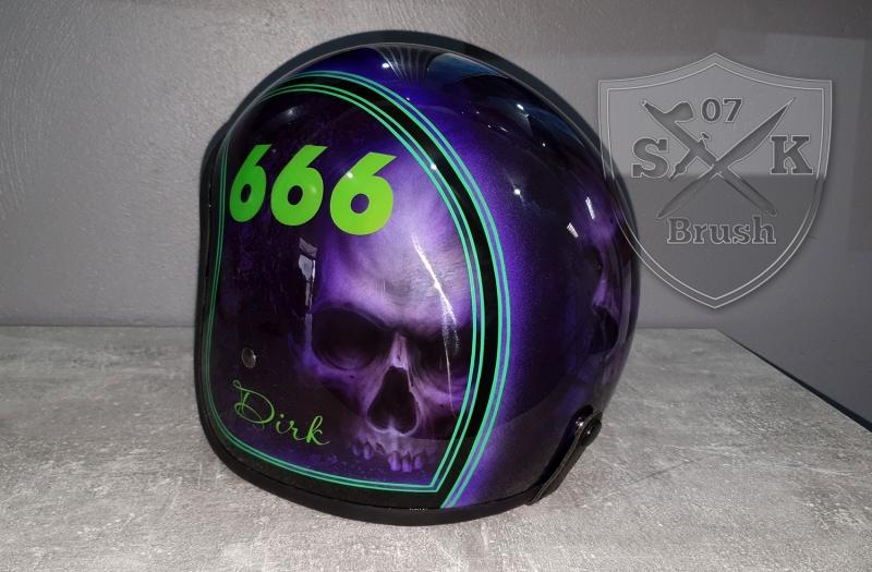 Airbrush-Helm-Dirk-666