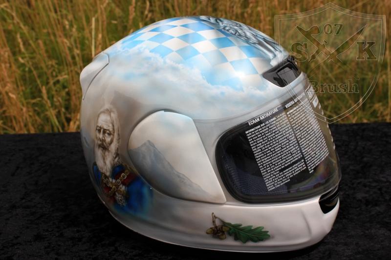 Soumy-Airbrush-Helmet-Bayern-1