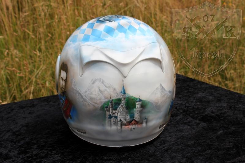 Soumy-Airbrush-Helmet-Bayern-4