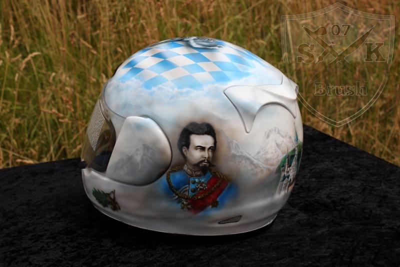 Soumy-Airbrush-Helmet-Bayern-5