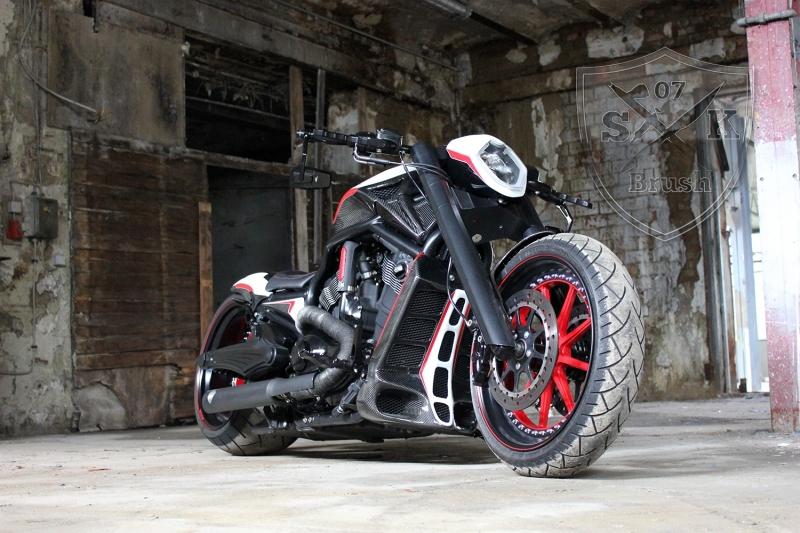 Barracuda-Harley-Davidson-Custompaint14