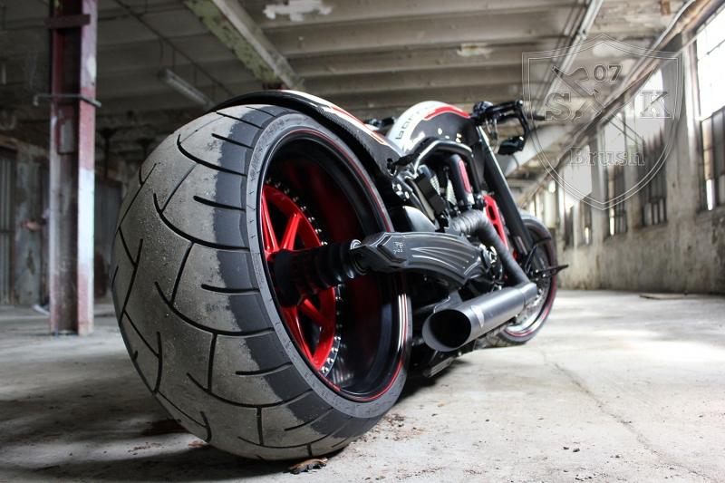 Barracuda-Harley-Davidson-Custompaint15