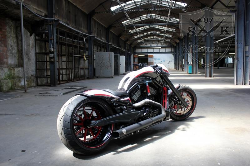 Barracuda-Harley-Davidson-Custompaint7