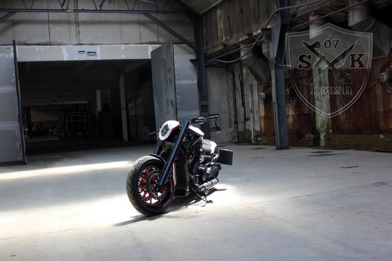 Barracuda-Harley-Davidson-Custompaint8