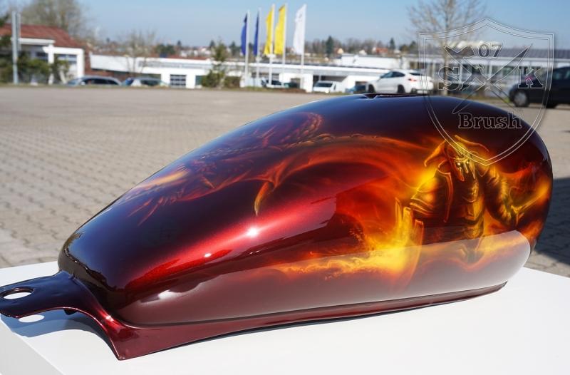 Harley-Davidson-Airbrush-Dragon-Fire
