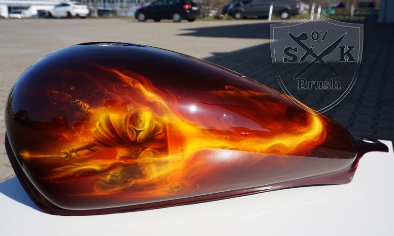 Harley-Davidson-Airbrush-Dragon-Fire5