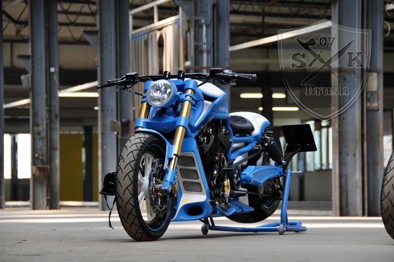 Harley-Davidson-V-Rod-Custompaint-Iceman10