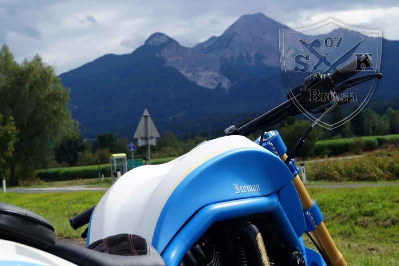 Harley-Davidson-V-Rod-Custompaint-Iceman25