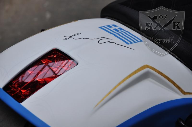 Harley-Davidson-V-Rod-Custompaint-Iceman3