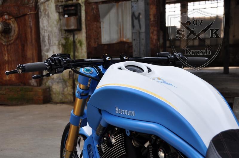 Harley-Davidson-V-Rod-Custompaint-Iceman7