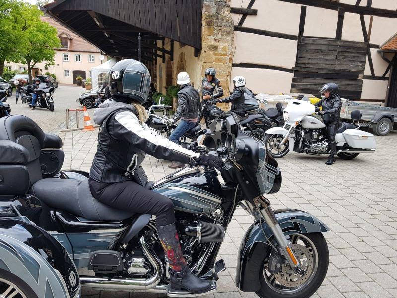 Harley-Thunder-2
