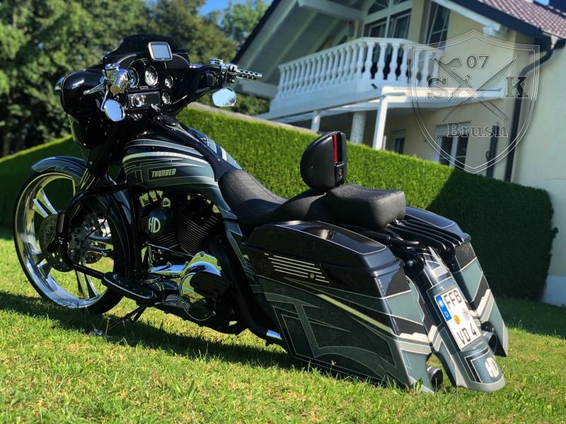 Harley-Thunder2