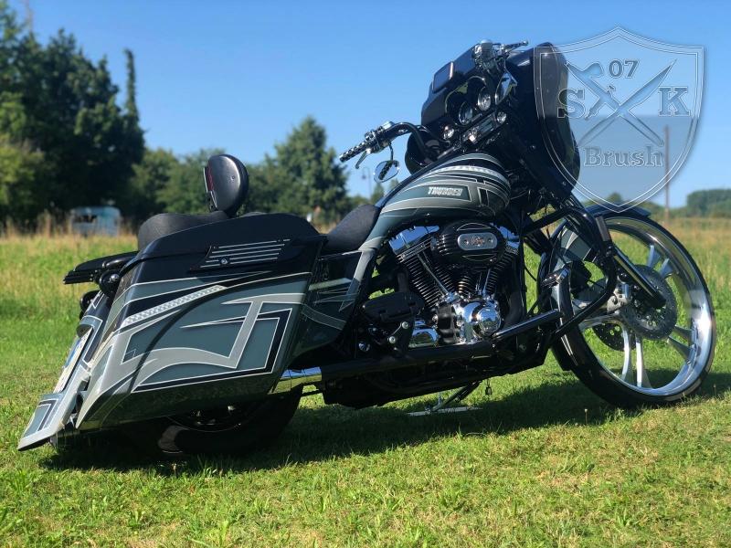 Harley-Thunder3