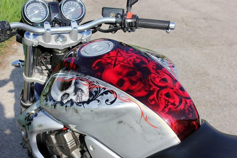 airbrush-bike-candy-red-skull3