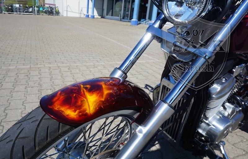 Honda-Shadow-Airbrush-Dragon-Fire-fertig-4