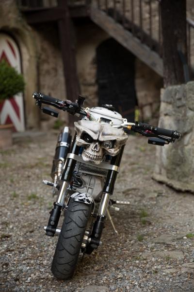 honda-monkey-bike-skull-santa-muerte-schaedel-totenkopf-1