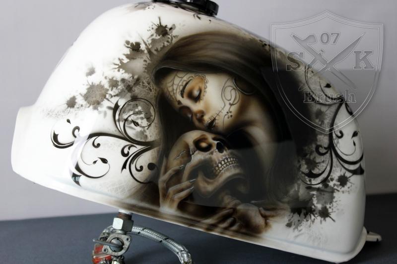 honda-monkey-bike-skull-santa-muerte-schaedel-totenkopf-35