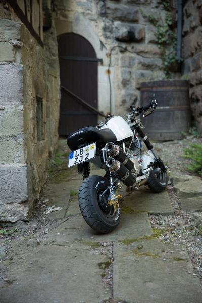 honda-monkey-bike-skull-santa-muerte-schaedel-totenkopf-4