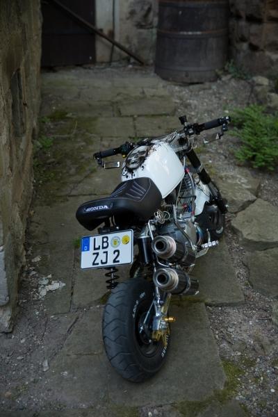 honda-monkey-bike-skull-santa-muerte-schaedel-totenkopf-5