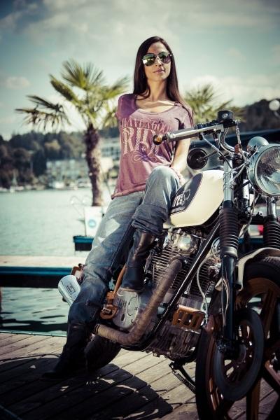 Padre-Azul-Custom-Bike-Cafe-Racer-Tequilla-Drink-4