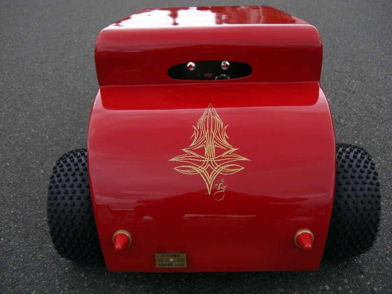 Hot-Rod-Modell-Ford-Pinstriping-Gold-2