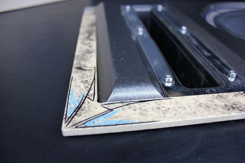 Pinstriping-Golf-Tuning-Innenraum-Interieur-Sound-2