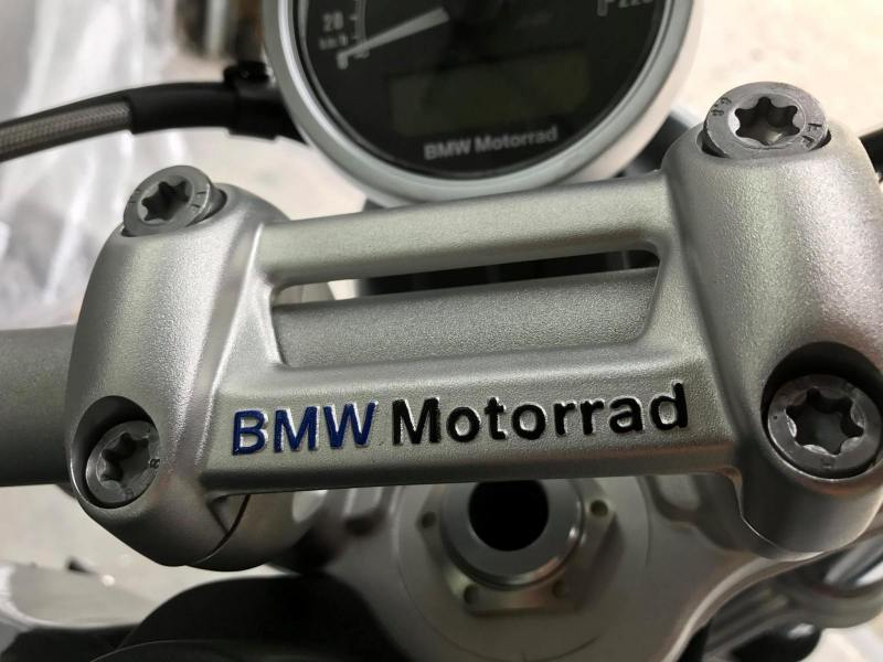 bmw-motorrad-r-ninet-pinstriping-linierung-2