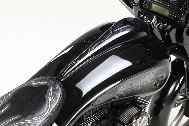 custombike-pinstriping-linierung-bagger-harley-davidson-2
