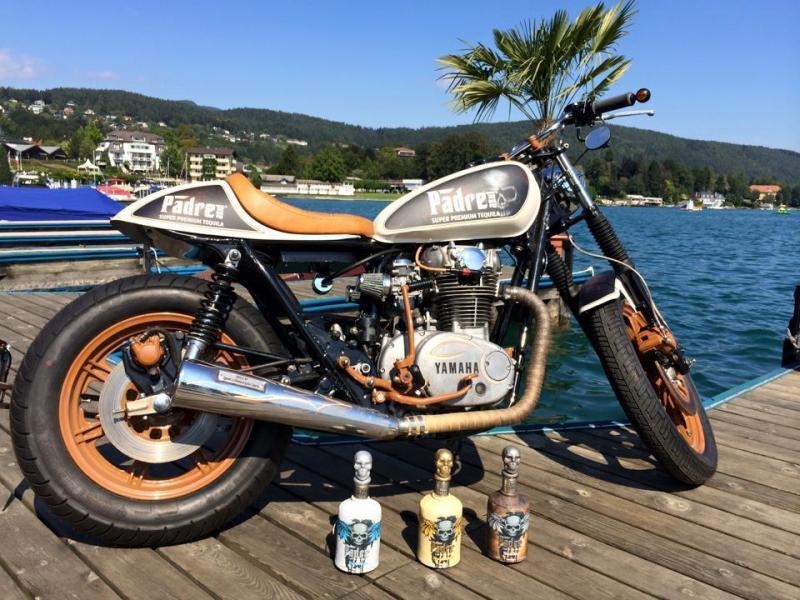 pinstriping-cafe-racer-padre-azul-winner-show-oesterreich-velden-1
