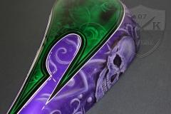 Airbrush-Custom-Tankshape-LilaSkull