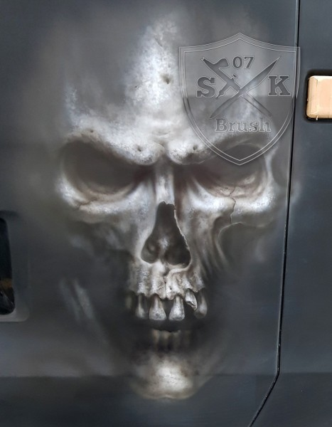 Airbrush-LKW-Truck-Scania-V8-Lackierung-Design-Horror-Skull-Schaedel-Zombie-Totenkopf-Showtruck-Seemann-Trilog-7