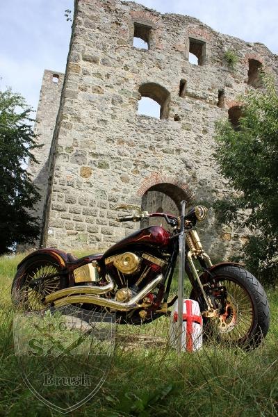 Harley-Davidson-Airbrush-Custompaint-Schwarze-Ritter11