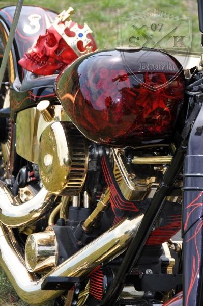 Harley-Davidson-Airbrush-Custompaint-Schwarze-Ritter20
