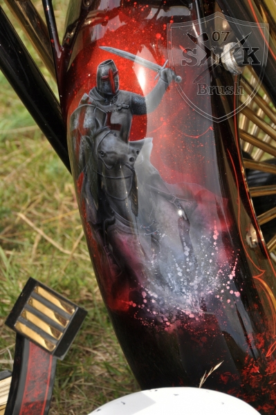 Harley-Davidson-Airbrush-Custompaint-Schwarze-Ritter21