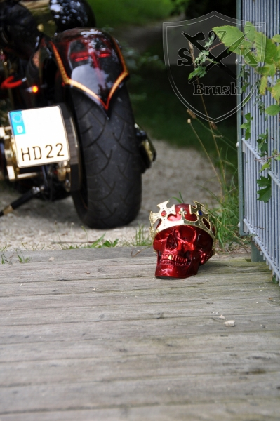 Harley-Davidson-Airbrush-Custompaint-Schwarze-Ritter22