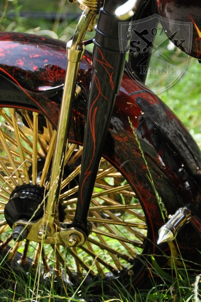 Harley-Davidson-Airbrush-Custompaint-Schwarze-Ritter24