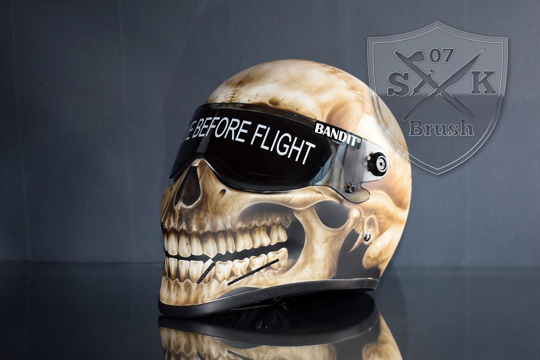 Bandit Crystal Fighter Helm – Airbrush Skull Design