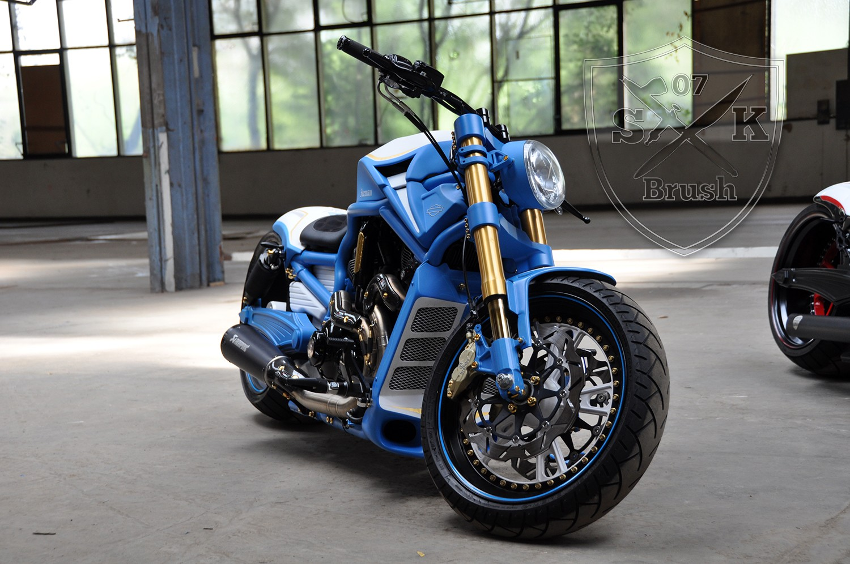 Project Iceman Harley Davidson V-ROD Umbau Airbrush und Pinstriping Custompaint